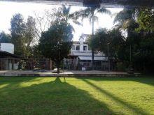 Escuela jardin de niños y primaria