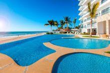 Bonito condominio en renta en tranquila playa