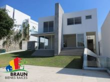 Casa en venta en bosque esmeralda, Atizapán de zaragoza. Cabr0253
