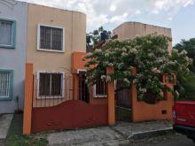 Casa de 2 pisos en san andres tuxtla