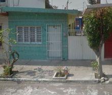 Casa en la col. 21 de abril de un nivel