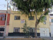 Edificio de 10 departamentos para remodelar, Col. San felipe de jesús