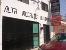 Local comercial con departamento